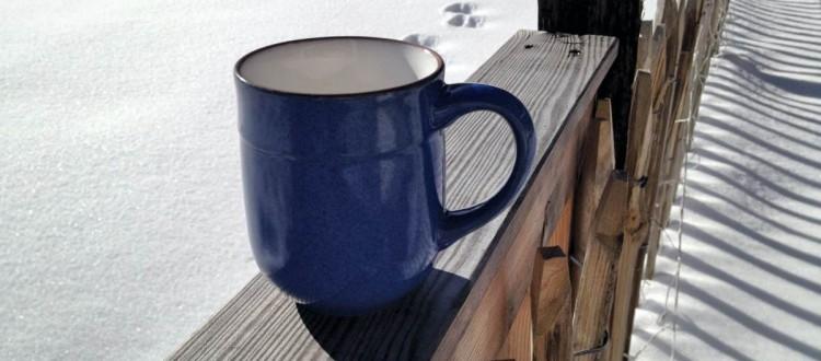 samstagskaffee Spuren im Schnee Tasse