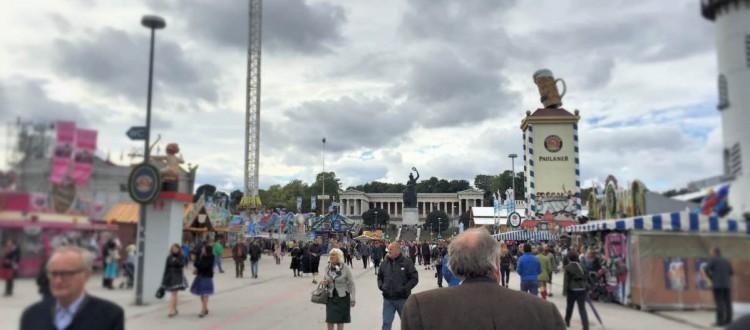 Oktoberfest 2015 ohne Massen